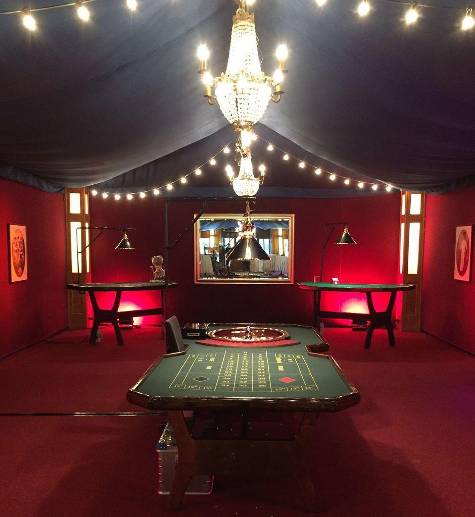 Firmenevents mit Casino im Hinterfoyer